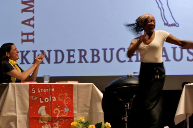Isabel Abedi und Miriam da Silva