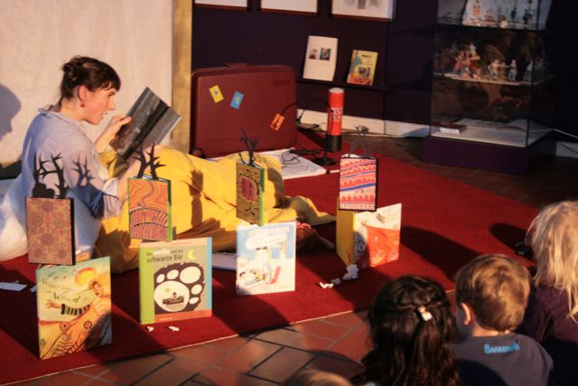 alina gregor kinderbuchhaus im altonaer museum. Black Bedroom Furniture Sets. Home Design Ideas