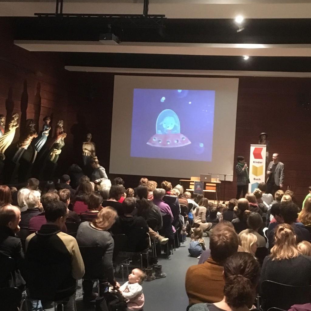 Buchpremiere Tokkis Reise mit Julia Neuhaus und Till Penzek