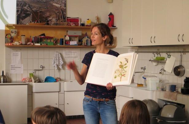 Benita Roth im Kinderbuchhaus